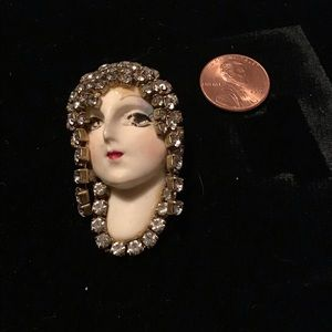 VINTAGE FLAPPER LADY W RHINESTONE HEAD DRESS PIN